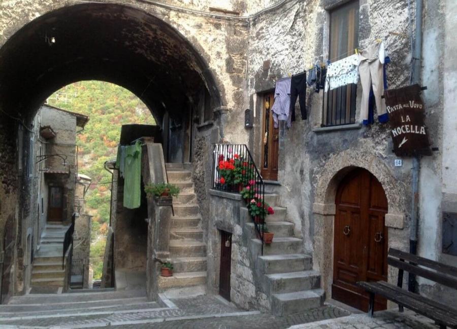 Scanno, pearl of Abruzzo - Delicious Italy