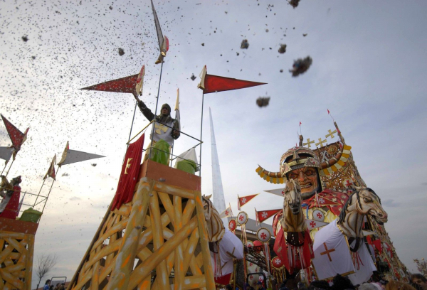 Unusual view of the Carnival of Viareggio