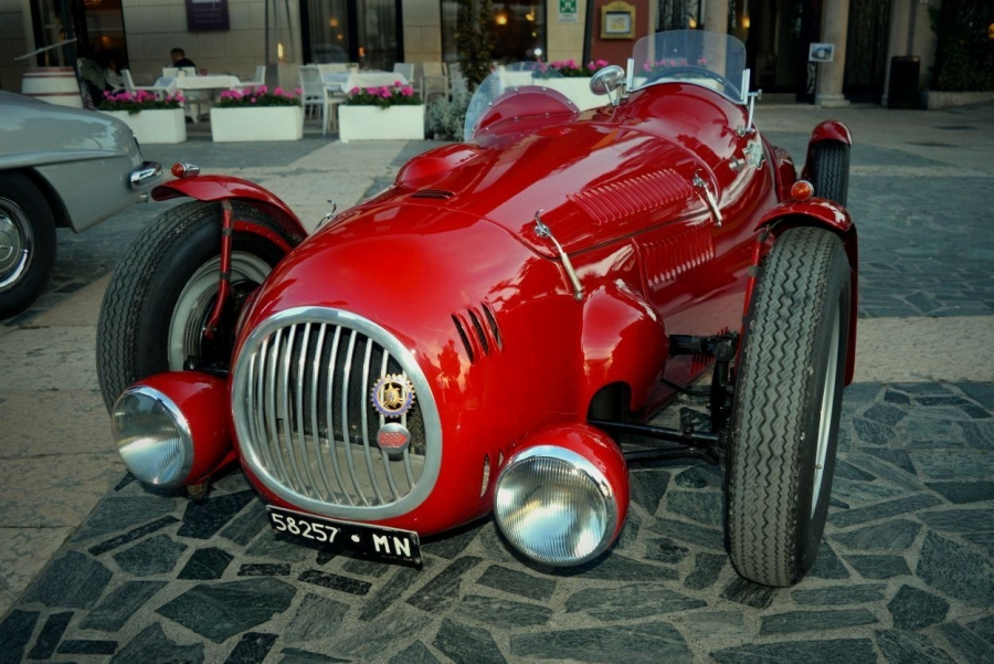 Mille Miglia Classic Car Race - Delicious Italy